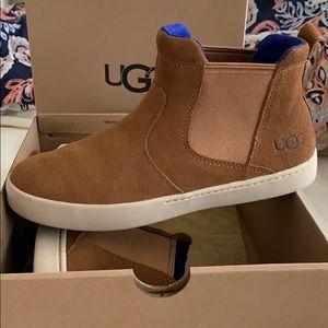 Kid unisex UGG Hamden Chestnut slip-on sneaker